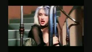 Сашка Васева - Военна любов - 2002