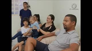 📺 ⚖ JJ2  - Dia Nacional da Adoção: 40 mil Famílias Querem Adotar e 8 mil Crianças Esperam Adoção thumbnail