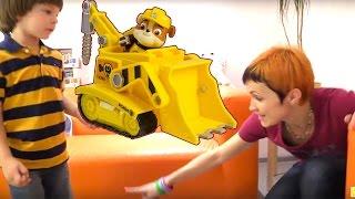 Клип про машинки. Видео с игрушками для детей.
