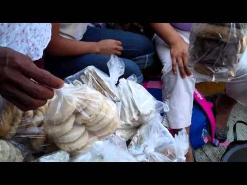 Pemoles, Alfahores, Indian Cookies from the Tianguis Market Plaza Veracruzana