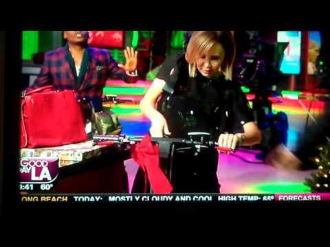 Los Angeles FOX TV reporter Lisa Breckenridge crashes scooter LIVE TV!! 12132016