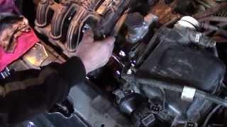 Как снять и помыть форсунки на шестнадцати клапанном двигателе ВАЗ 2110.Чистка инжектора(, 2014-12-12T08:15:12.000Z)
