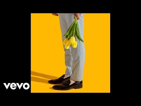MAX, AM!R - Love Me Less (AM!R Remix [Audio]) Ft. Quinn XCII