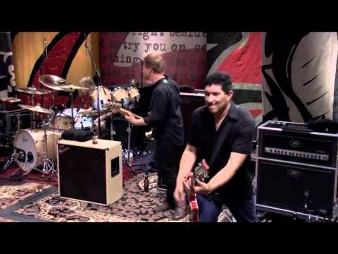 Foo Fighters - Walk [HD] (Live Sesion 606)