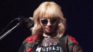 DNCE - Jinjoo talking - Live in Yes24 LIVEHALL, Seoul, South Korea