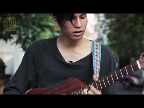 "Phum Viphurit  ""Adore"" - Soi Music TV | Soi Acoustic"