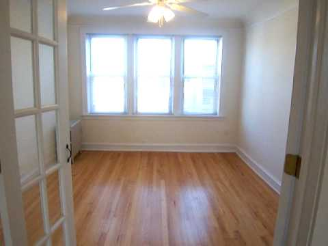 On the market Chicago apartment Convertible 1 or 2 bedroom