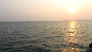 Паттайя вид с моря(Паттайя вид с моря от Острова Ко Лан (Ларн), 2013-02-17T08:11:09.000Z)