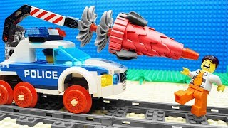 lego-train-police-tunnel-drilling-machine-fail