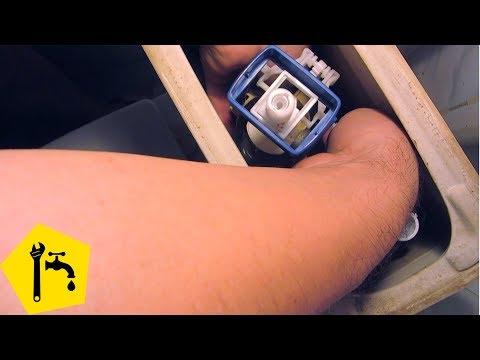 Ремонт бачка унитаза: промыть арматуру сливного бачка унитаза