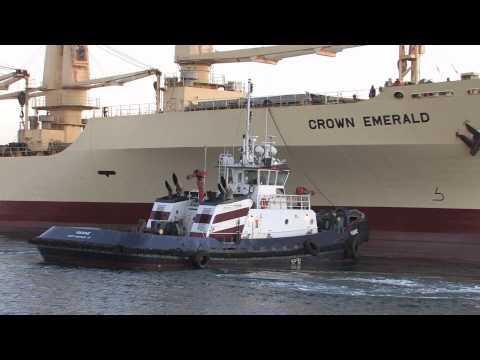 Northeast Pilots assist New Bedford ship