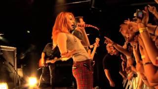 """Video Paramore: """"Ignorance"""" (Live 09/2009, München) download MP3, 3GP, MP4, WEBM, AVI, FLV Mei 2018"""