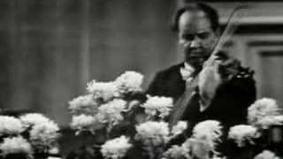 "David Oistrakh plays ""Labyrinth"" Caprice in D Major"