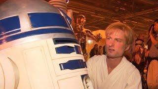 "Secret Cinema lets ""Star Wars"" fans experience movie in new way"