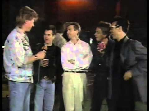 Crowded House - Interview - 1987