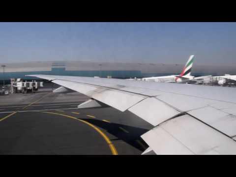 Take Off from Dubai International Airport DXB -- Emirates Boeing 777-300ER