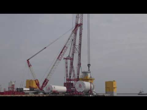 PTC35DS & LR1750 WKA BAU (ONAHAMA Sea Port in japan 7MW WIND)