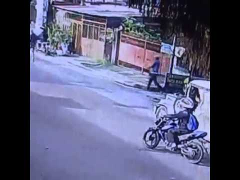 WATCH: Fatal shooting of a Philippine police official caught on camera