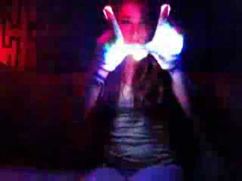 Krewella- One Minute (Gloving/Lightshow) [L.E.D] Lotus ...