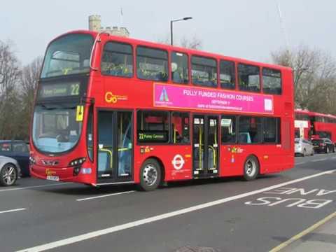 My Slideshow Busses trucks & vans at Putney bridge London SW15 on 11 march 2017