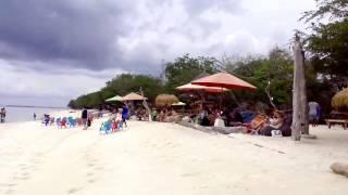 Berjemur Di Pantai Gili Trawangan Beach Lombok Sebelum Gempa Bumi (Earthquake)