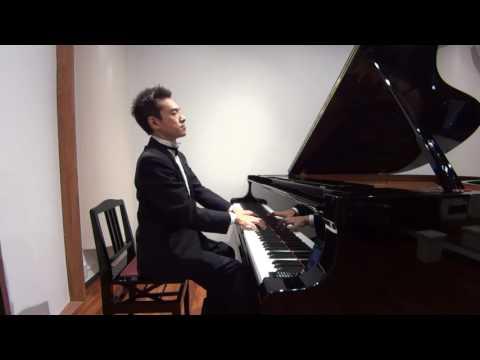 中村晴美さん(1分間、ヒーリングミュージックの即興演奏にて)