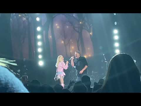 """Gwen Stefani and Blake Shelton surprise fans with """"Nobody But You"""" (Omaha, NE August 18, 2021)"""