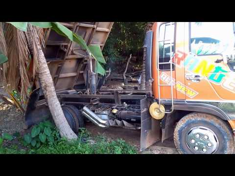 รถติดหล่ม  รถบรรทุกหกล้อ รถดั้ม 6 wheel Dump Truck