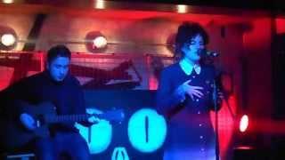 "Scarlet Billham Performing ""Phoenix"" Live @ Bedroom Bar, Shoreditch"