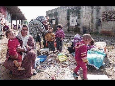 أكثر من نصف اللاجئين السوريين في لبنان يعيشون في فقر مدقع  - 19:22-2017 / 12 / 16