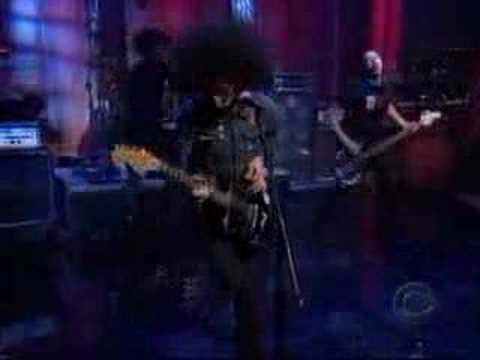 At The Drive-In - One Armed Scissor (live on letterman)