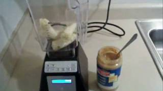 How To Make A Banana Peanut Butter Smoothie