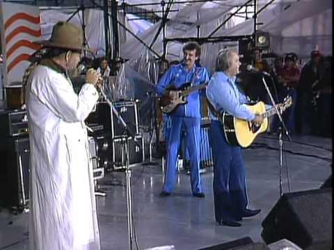 George Jones - Tennessee Whiskey (Live At Farm Aid 1985)