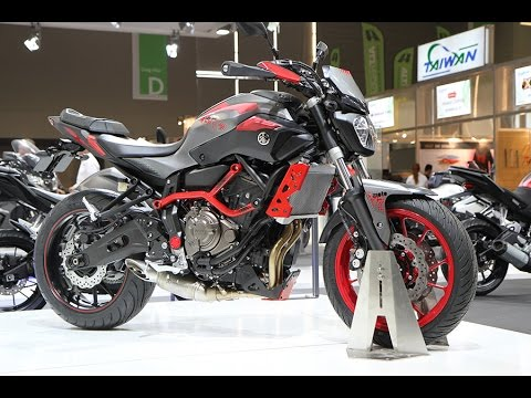 new yamaha mt 07 moto cage 2016 youtube. Black Bedroom Furniture Sets. Home Design Ideas