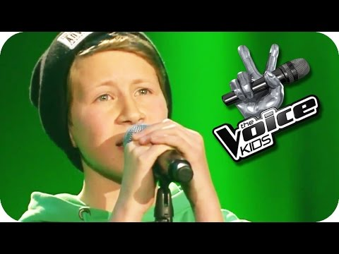 Bauch und Kopf  Mark Forster Luca W.  The Voice Kids 2015  Blind Auditions  SAT.1