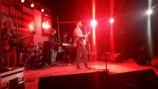chole gecho tate ki by main singer akash sky live