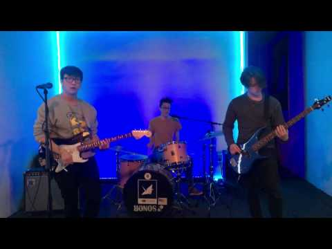 the specs - Transmitter (Live at Boontunes)