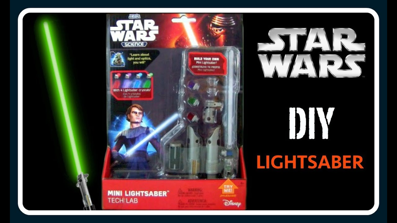 NEW Star Wars Mini Lightsaber TECH LAB w//4 COLOR CRYSTALS