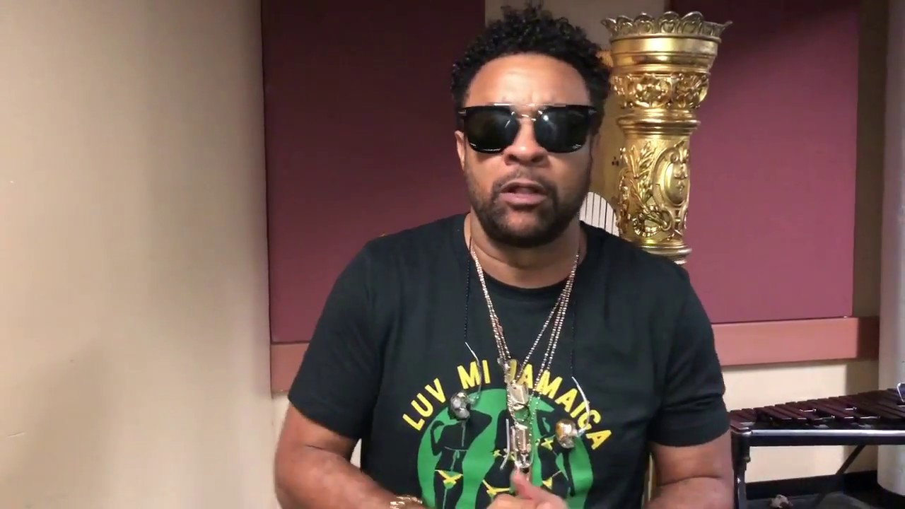 Shaggy Greeting His Fans In Sri Lanka Ahead Of Colombo Music