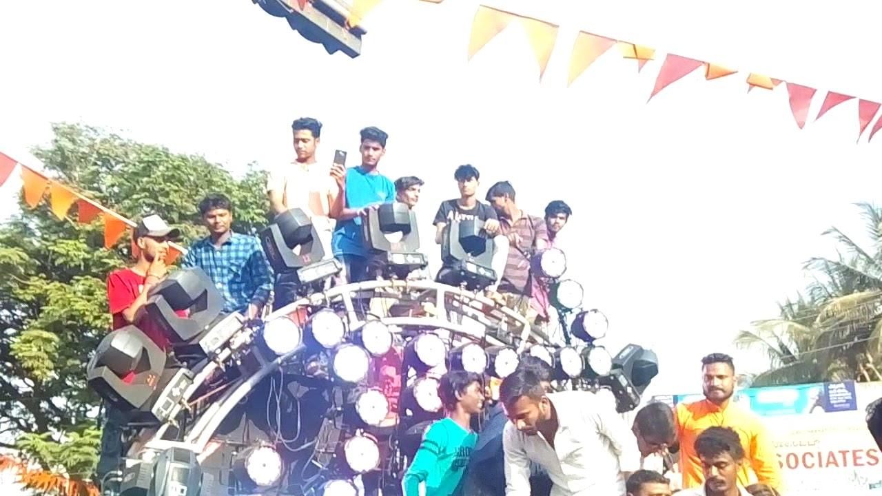 Shivaji jayanti celebration of 2018 SK vs Nasir sound opposite Dharwad