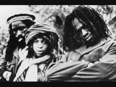 Black Uhuru - Party Next Door [12'' Version]