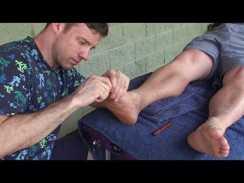 Deep Tissue Foot massage. Keogh doing Raynor massage