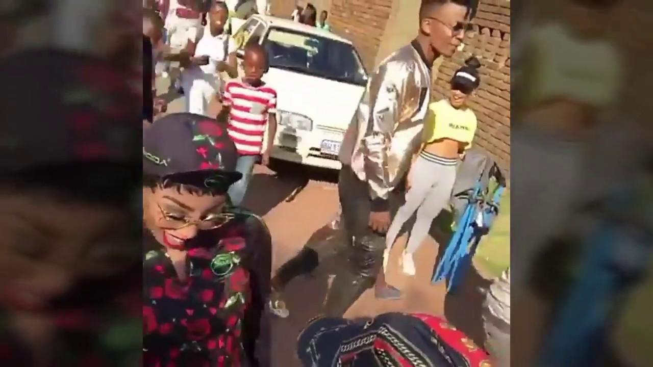 Khanyi mbau skhothane Dance Moves - YouTube