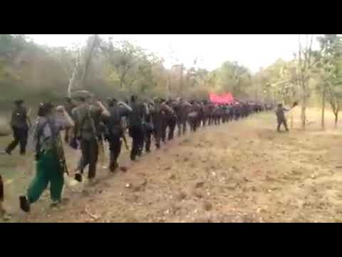 INDIA - Impressive video of funeral for martyrs of Guerilla