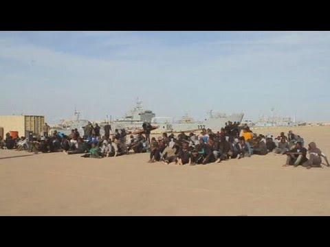 1,400 migrants rescued at sea,2 bodies recovered-Italian coastguard