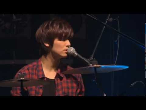 CNBLUE Minhyuk - Teardrops in the rain  @LIVE MAGAZINE VOL.07