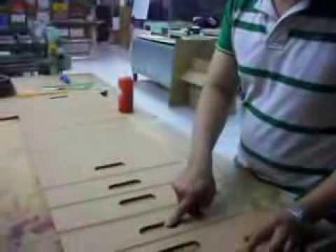 Como se hace una silla porttil y plegable en cartn  YouTube