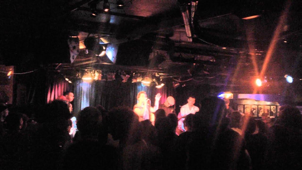 Jennifer Lopez Band Jamming @ The Basement