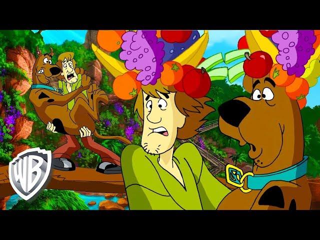 Scooby y Shaggy buscan comida en la selva