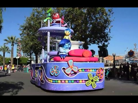 HD Disney Inside Out Pre Parade w talking characters @ California Adventure Full Show 1080p 60fps